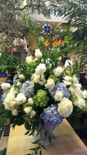 Green, white & blue urn